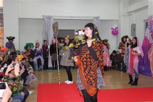 """石油大地幼儿园""""第五届""""万圣节亲子化妆舞会正式开始"""